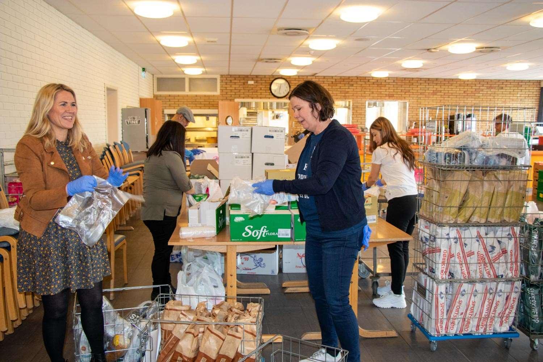 Store Hjerter Og Stor Dugnadsand I Drammen Drammen Kommune